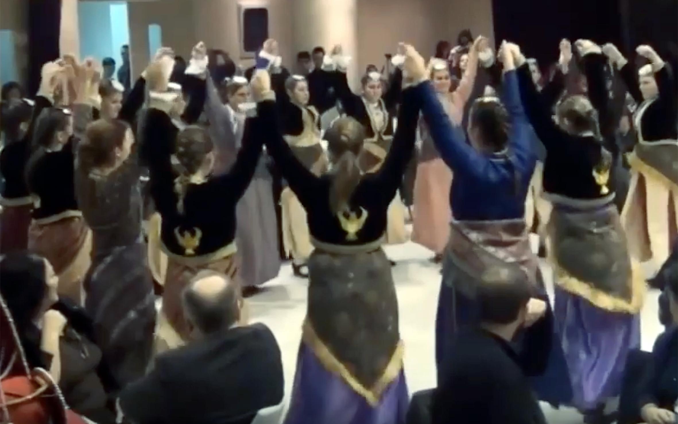 "909.Trigona / Greece - Trigona is a dance from Greece and it belongs to Horon dace category. ""Trigona"" means ""pigeon""."