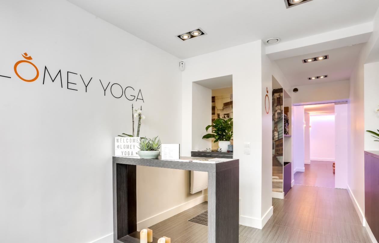 Un abonnement chez  Lomey  - Studio de Yoga - Paris 7