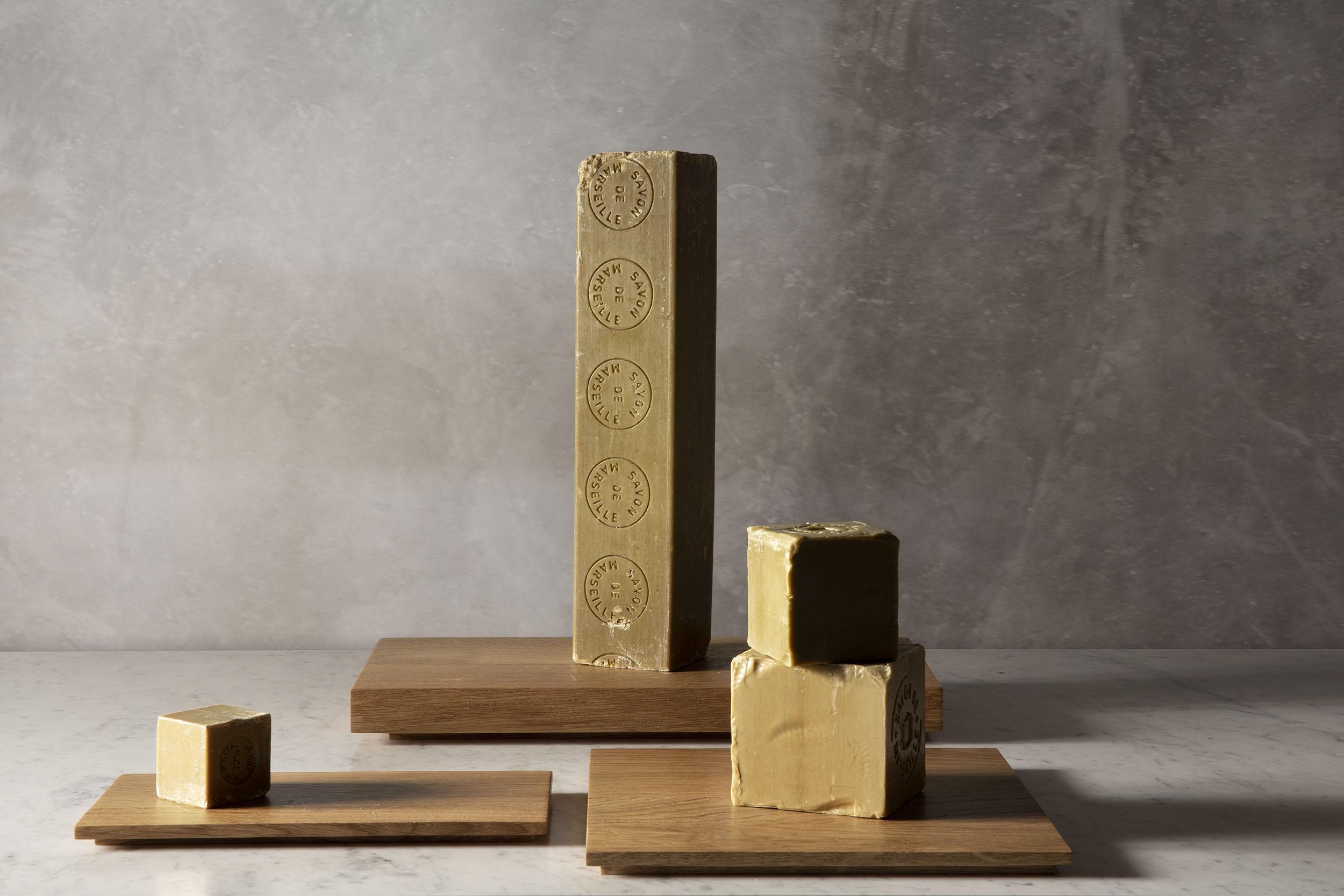 Planches en bois pour la salle de bain, chêne massif huilé