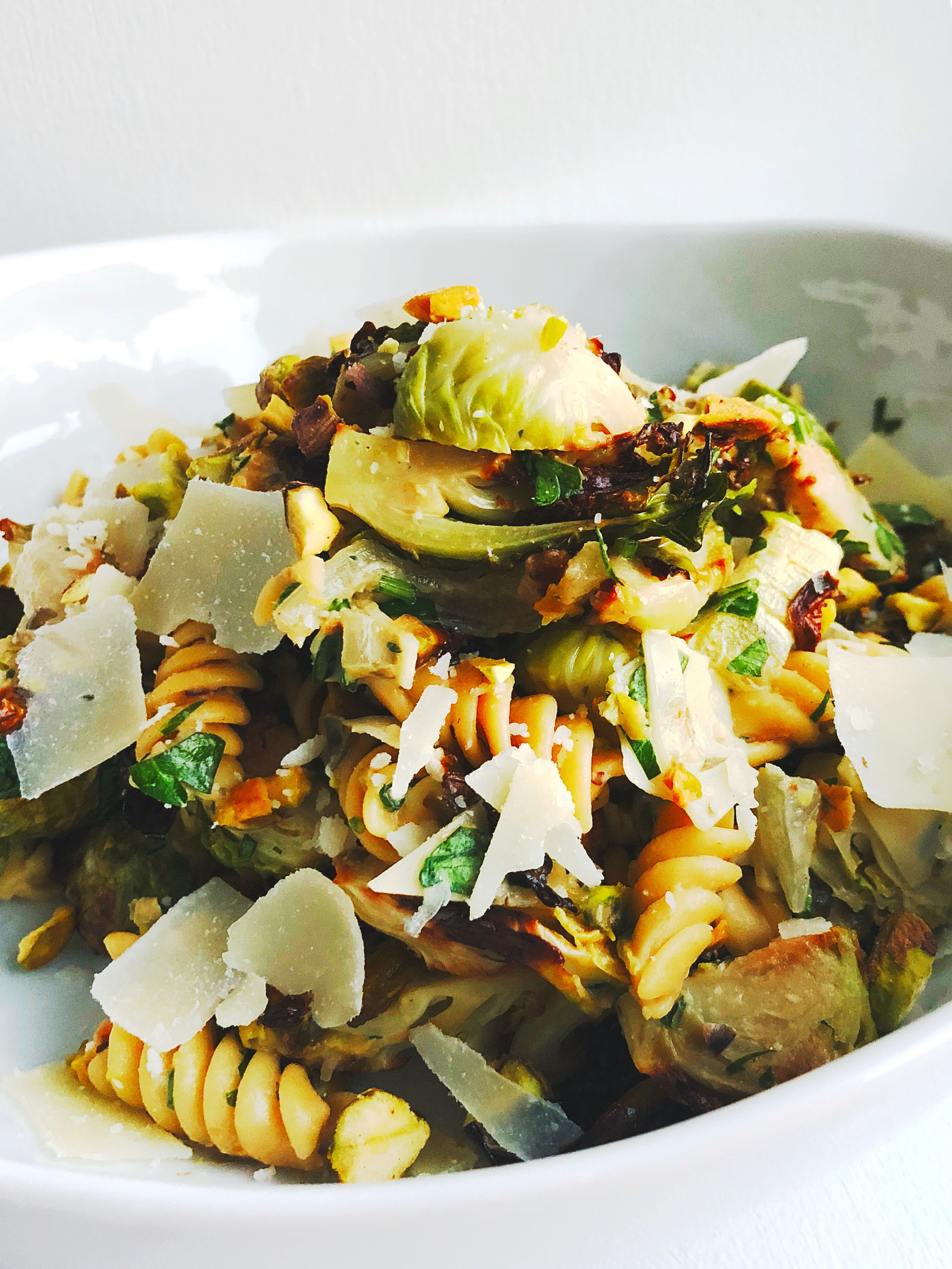 Creamy-tahini-Roasted-Brussels-sprouts-pasta.jpg