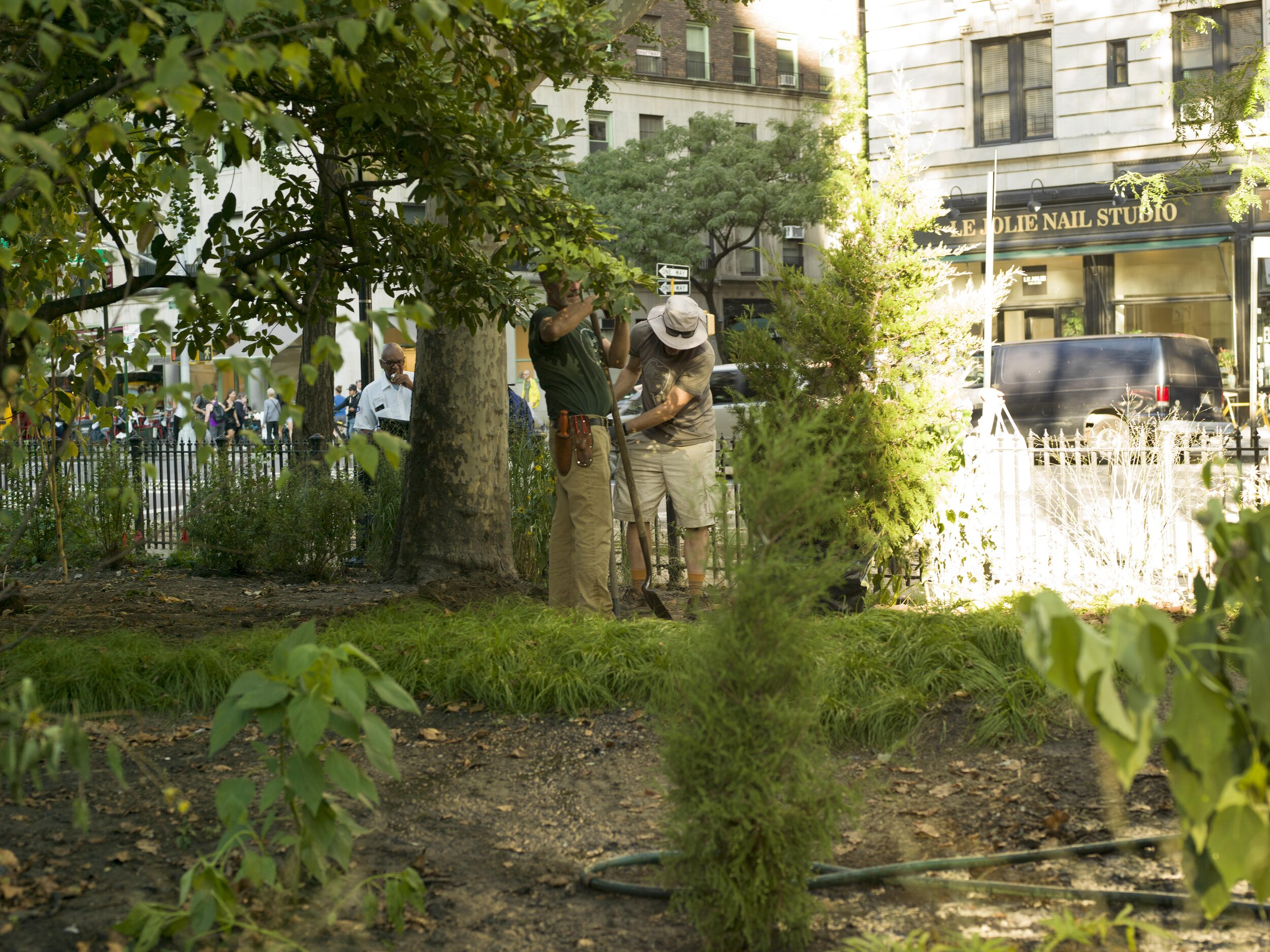 Our goal - . . . establishing a sustainable, collaborative effort to restore and maintain the park . . .