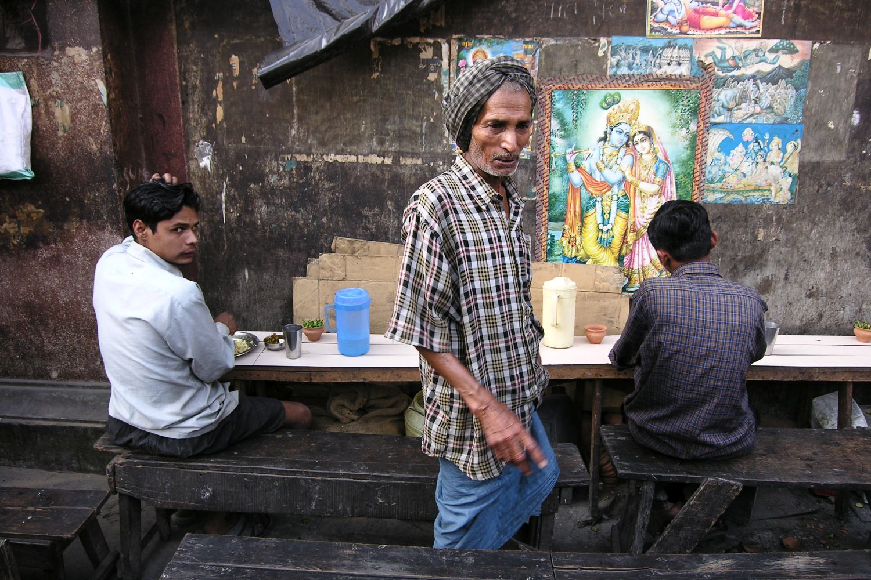 Kolkata - Calcutta   Indian restaurant on the street   Street food   ©sandrine cohen