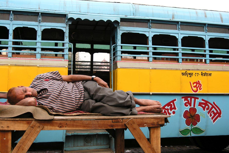 Kolkata - Calcutta   Kolkata Bus   Indian bus driver sleeping   ©sandrine cohen
