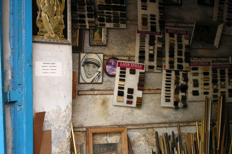 Kolkata - Calcutta   Theresa Mother   Indian mercer shop   ©sandrine cohen