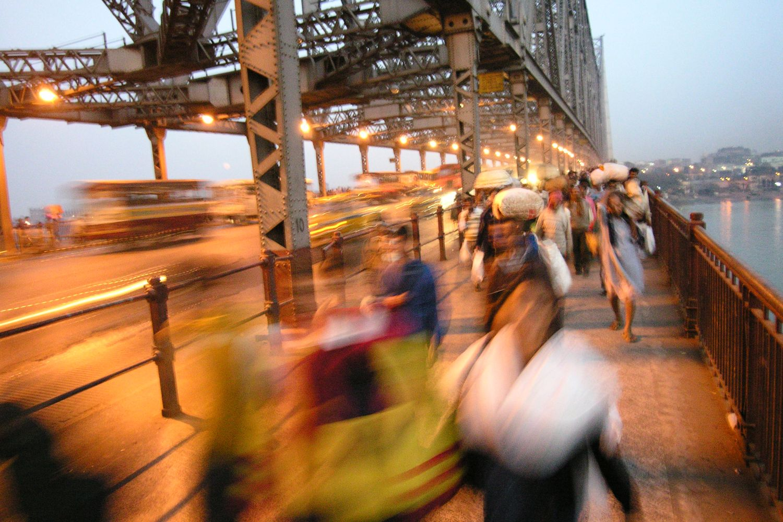 Kolkata - Calcutta   Howrah Bridge   Traffic on Howrah bridge   ©sandrine cohen