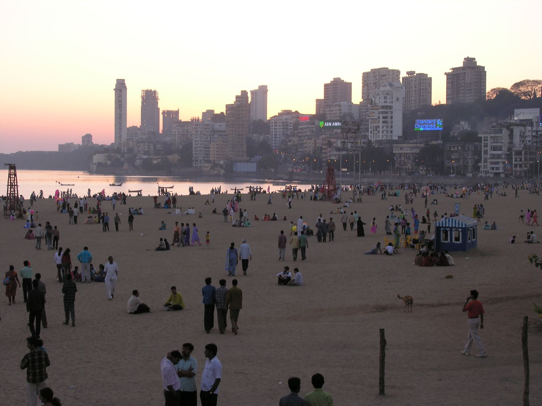 Mumbai - Bombay | Chowpatty beach | Malabar Hills | On the beach in Mumbai | Sunrise in Mumbai | ©sandrine cohen