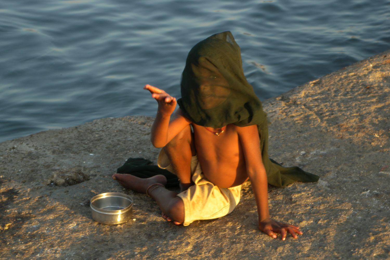 Mumbai - Bombay | Muslim child | Haji Ali mosque | ©sandrine cohen