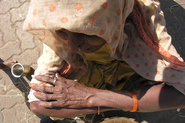 Mumbai - Bombay | Old woman Mumbaikar | Old indian woman | ©sandrine cohen