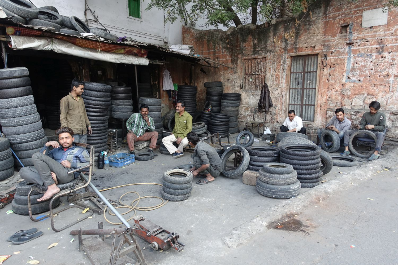 Jaipur | Rajasthan | Tires shop | ©sandrine cohen