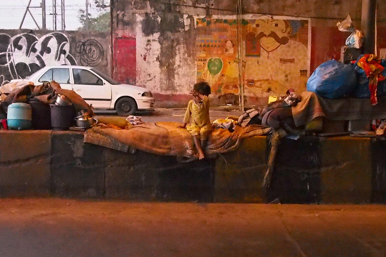 Mumbai - Bombay | street child from Mumbai | On the road of Dharavi | ©sandrine cohen