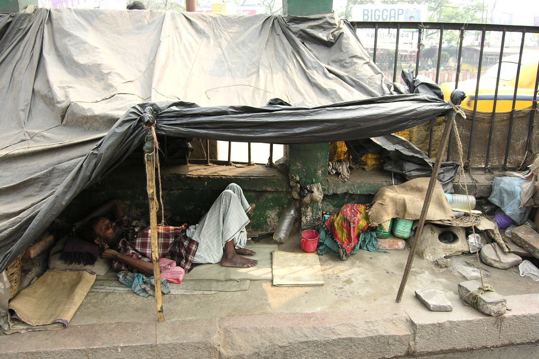 Kolkata - Calcutta   Homeless at Railways station   ©sandrine cohen