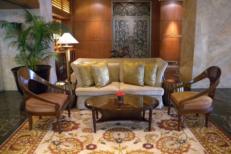 Taj Mahal Hotel Mumbai | Sofa | Taj group | ©sandrine cohen