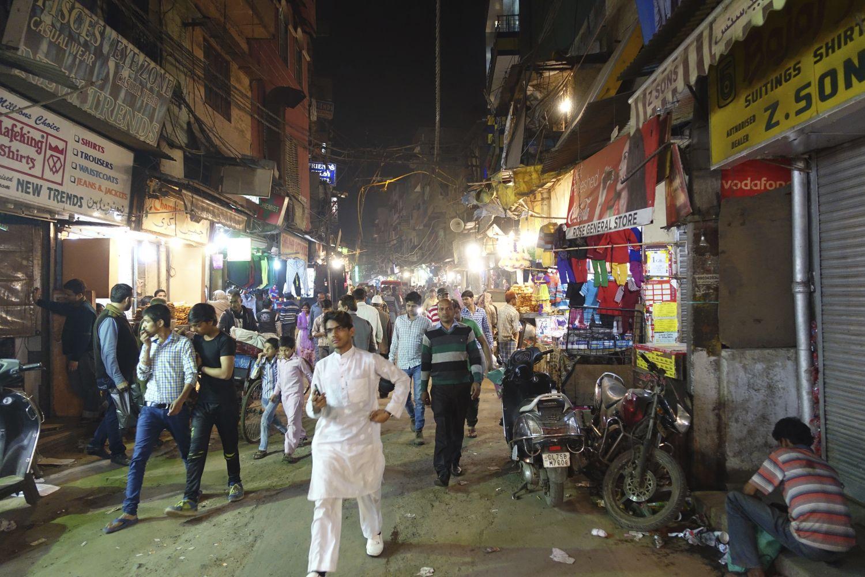 Old Delhi | Evening traffic | Chandni chowk |streetphotography ©sandrine cohen