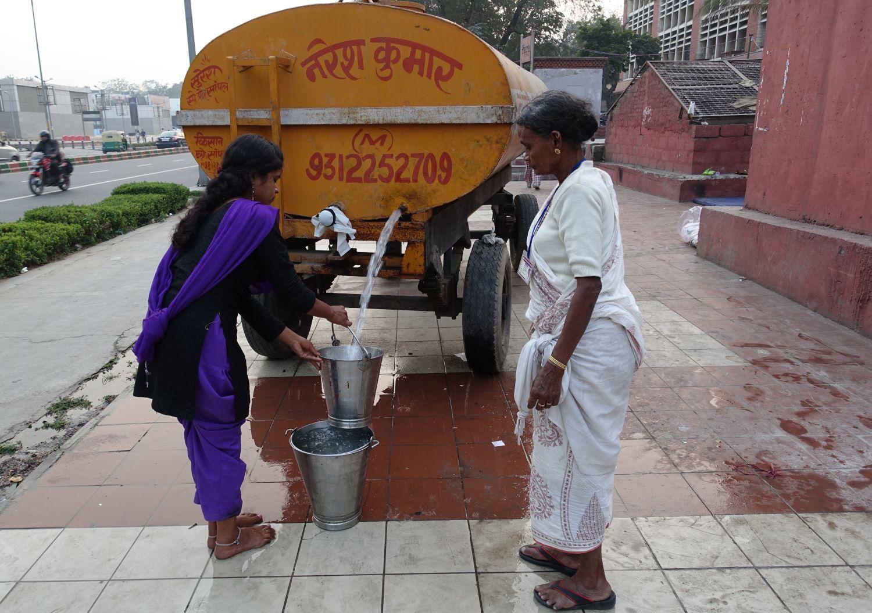 Delhi | water truck | ©sandrine cohen