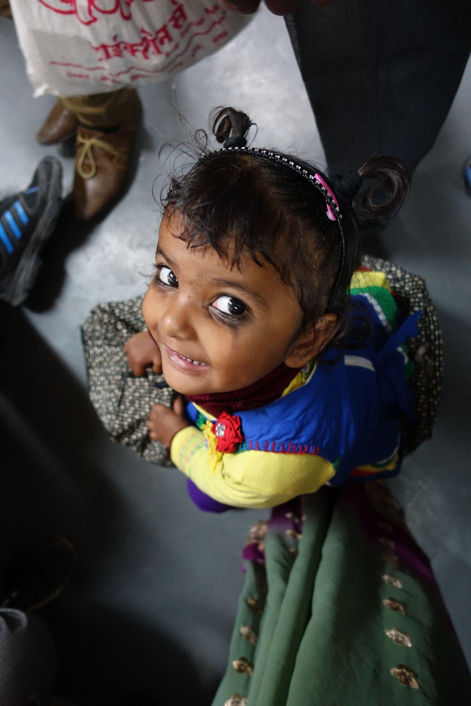 Delhi | Child in the metro | ©sandrine cohen