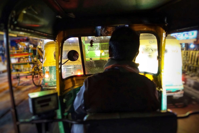 Old Delhi | Inside tuck tuck | Tuck tuck driver | ©sandrine cohen