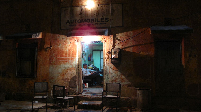 Jaipur | Rajasthan | Pink city | Indian garage | Blue garage | ©sandrine cohen