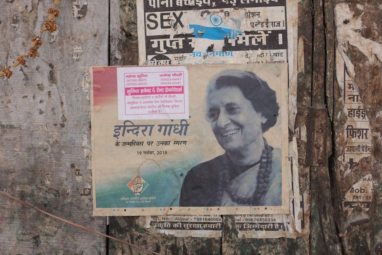 Jaipur | Pink city | Rajasthan | Indira Gandhi poster | ©sandrine cohen