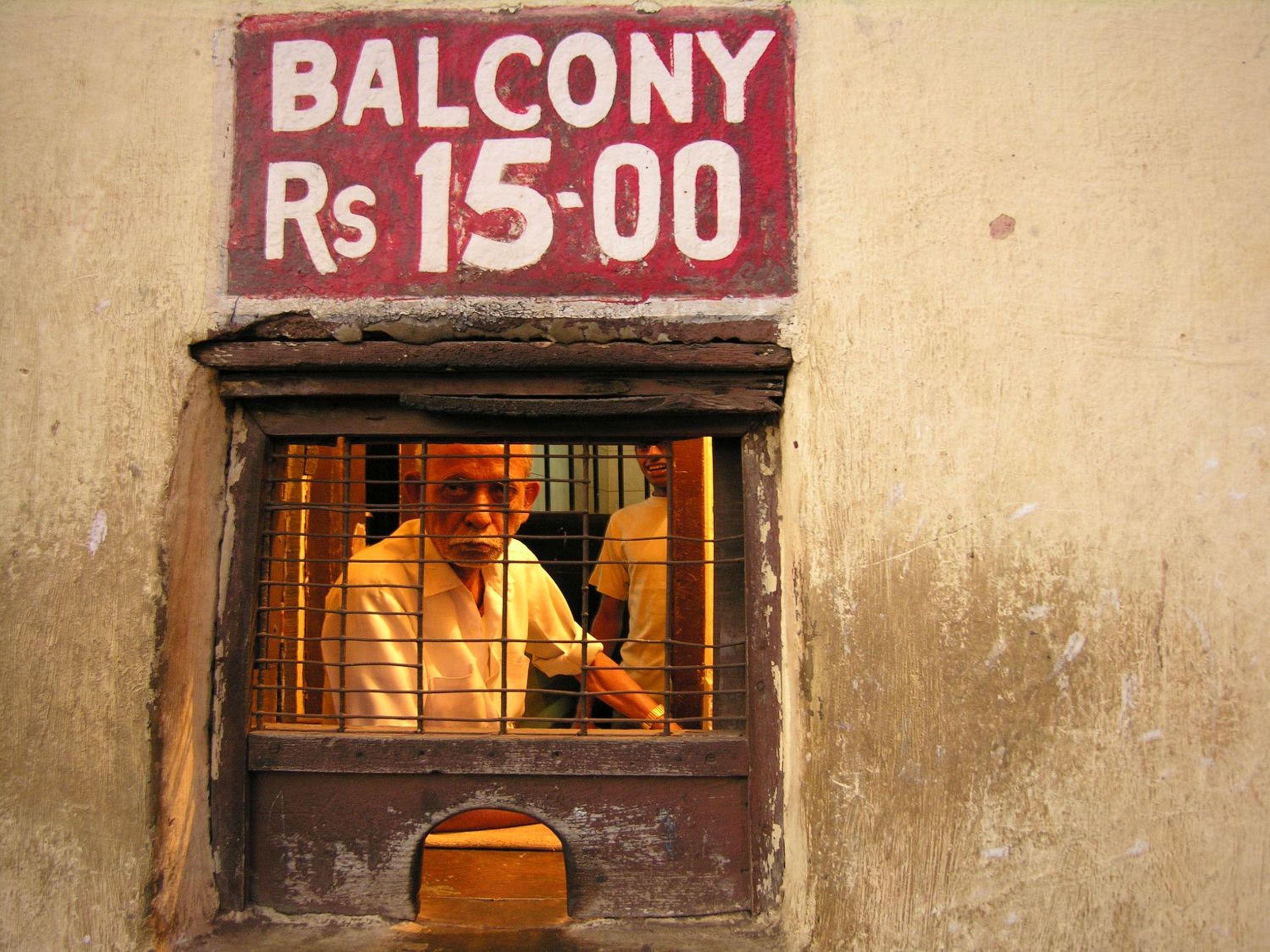Bombay - Mumbai | India | Bollywood | Cinema | Balcony 15 roupies | ©sandrine cohen