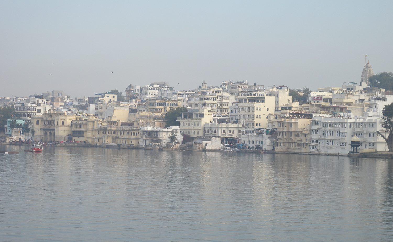 Udaipur 1 | Rajasthan | White city | Udaipur lake | White city | ©sandrine cohen