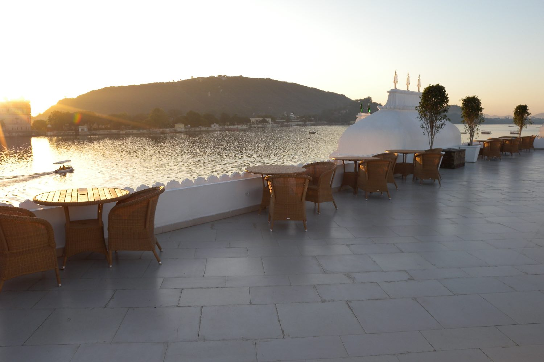Udaipur 39 | Rajasthan | Lake Palace Hotel | Taj group | sunset on lake palace |©sandrine cohen
