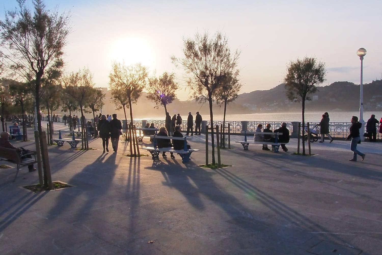 San Sebastian | Donostia | Spain | Concha | Sunset in winter | photo sandrine cohen