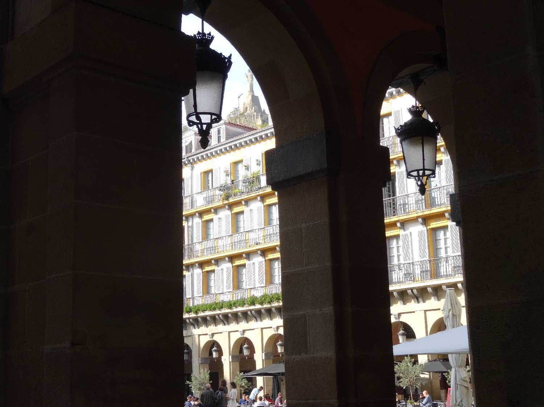 San Sebastien | San Sebastian | Donostia | Arcades Constitution Place | photo sandrine cohen