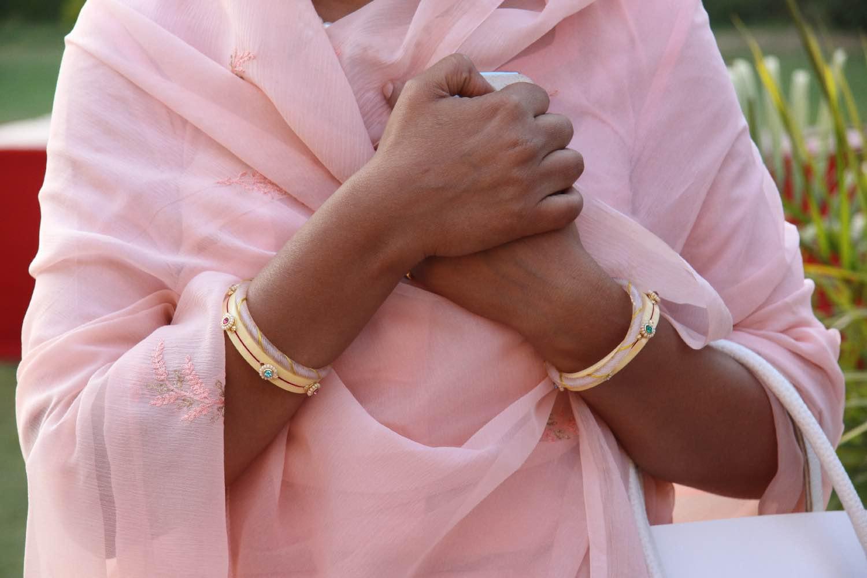 Royal family | Pink sari | Jewelry | Jaipur Polo Club | Rambagh Polo club | Jaipur | India | ©sandrine cohen