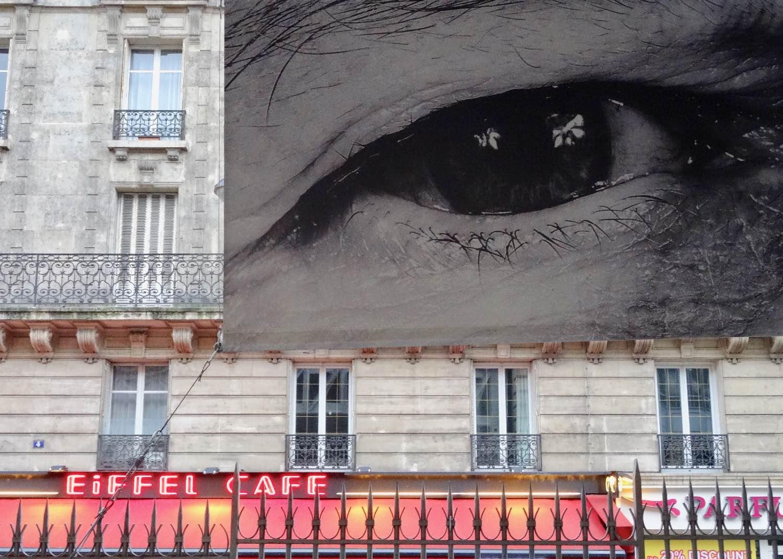 JR artist | RATP | la RATP invite JR |Metro Paris | Station Bir-Hakeim | Photographic collage | ©sandrine cohen