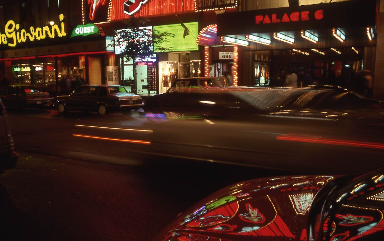 Montreal   Rue Sainte-Catherine   Neons and reflection   Photo sandrine cohen