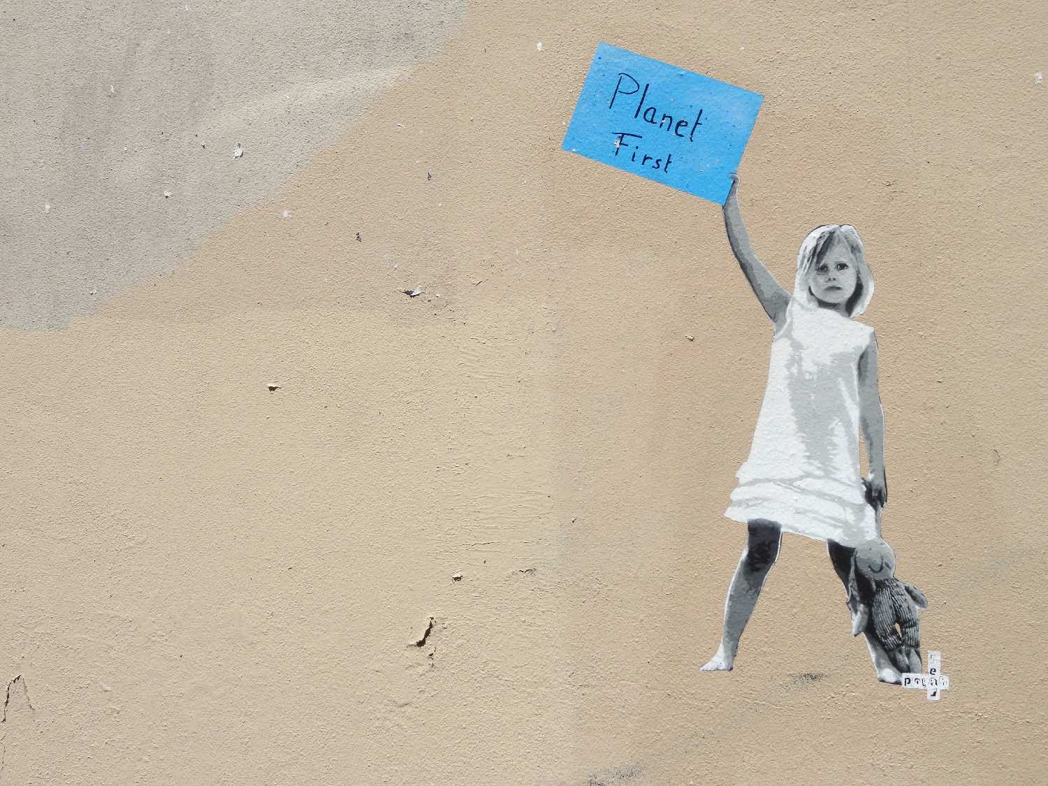 Planet first | ecologie | climat | street art | street art Paris | photo sandrine cohen