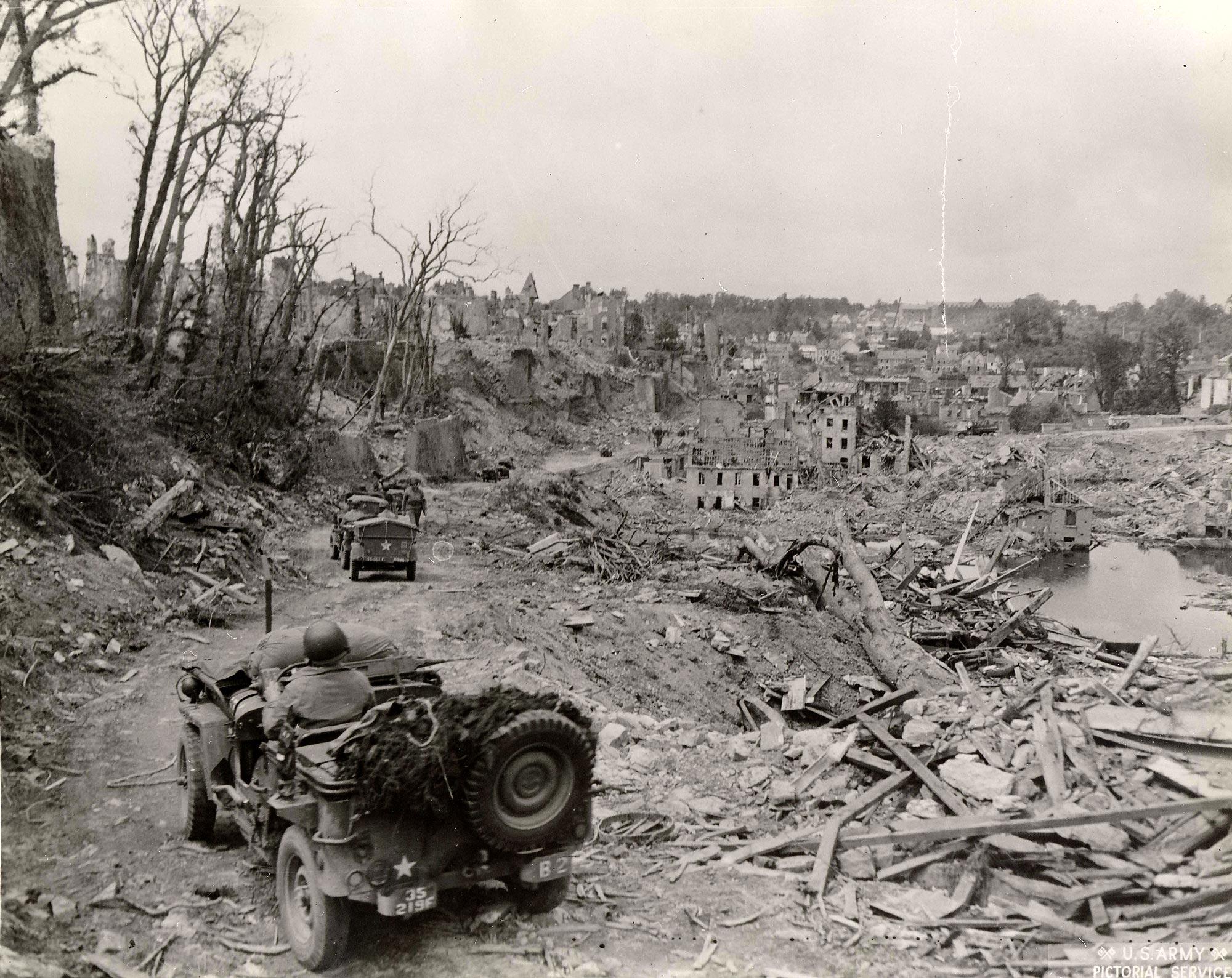 Collection Rodger Hamilton: The War Photos