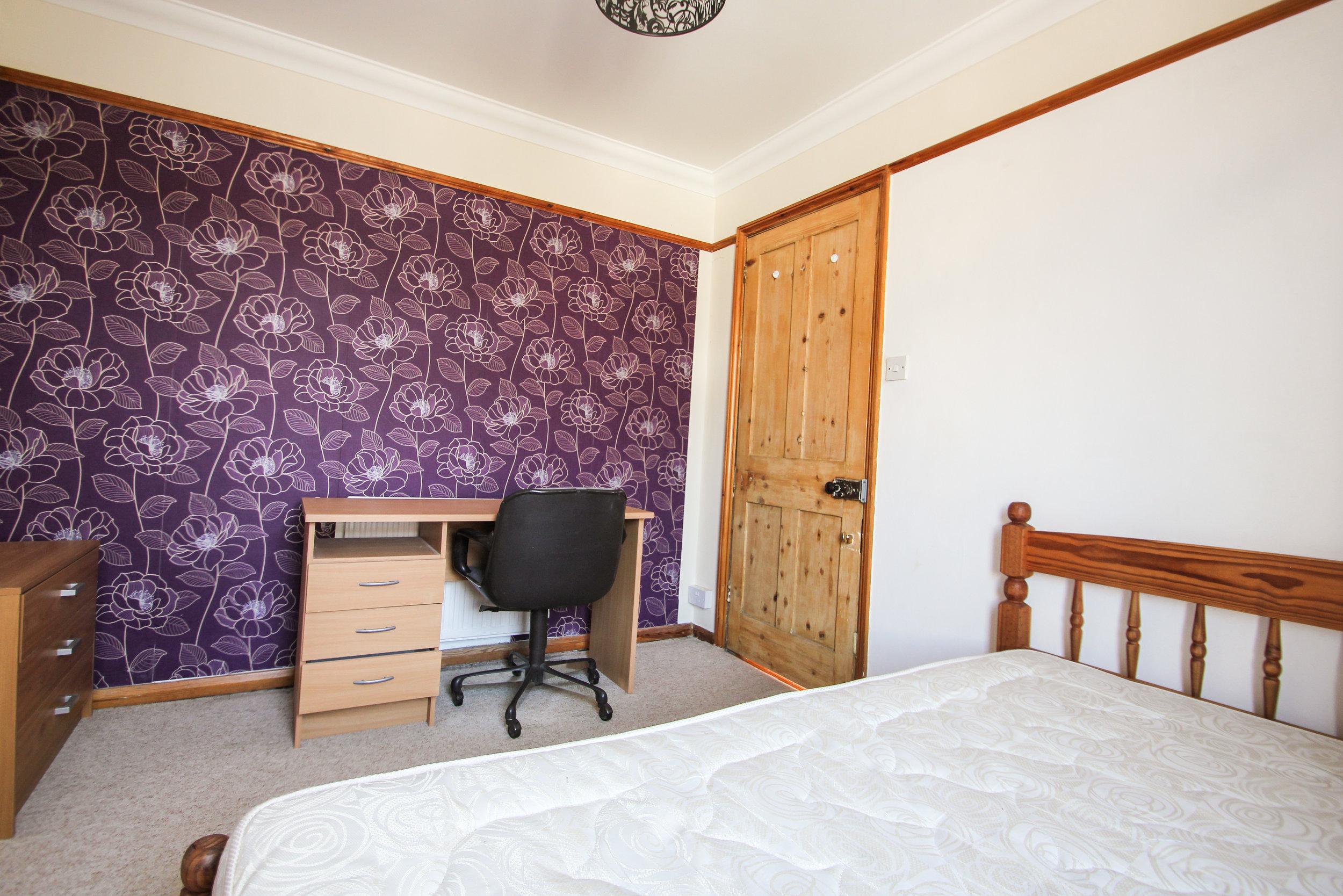 IMG_7720_edited.jpg bedroom 3.jpg