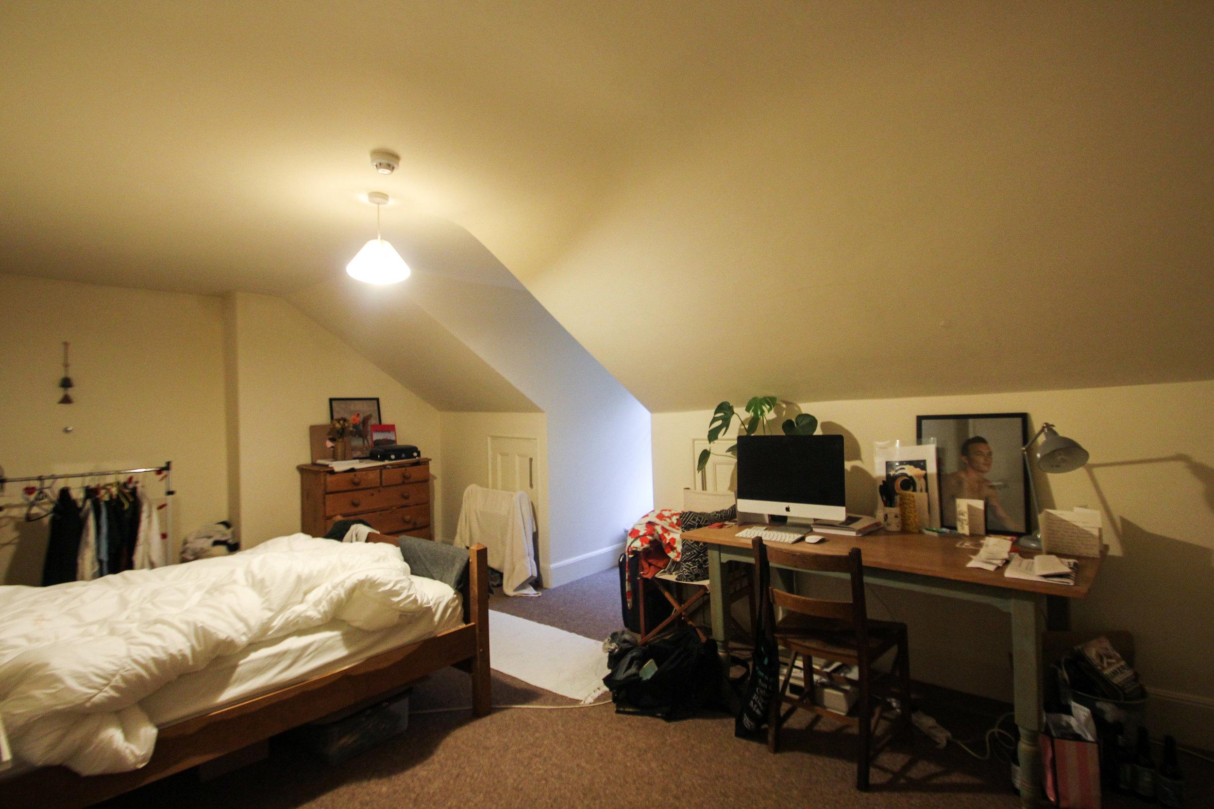 IMG_0674_edited.jpg bed 2.jpg