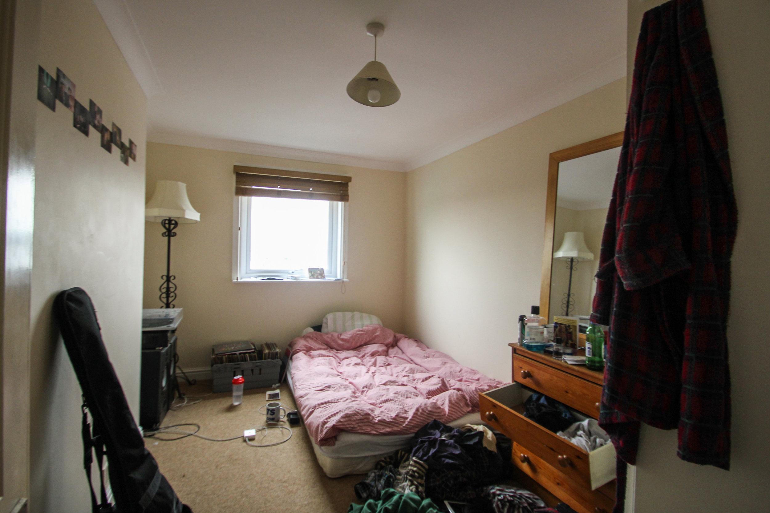 IMG_0676_edited.jpg bed 3.jpg