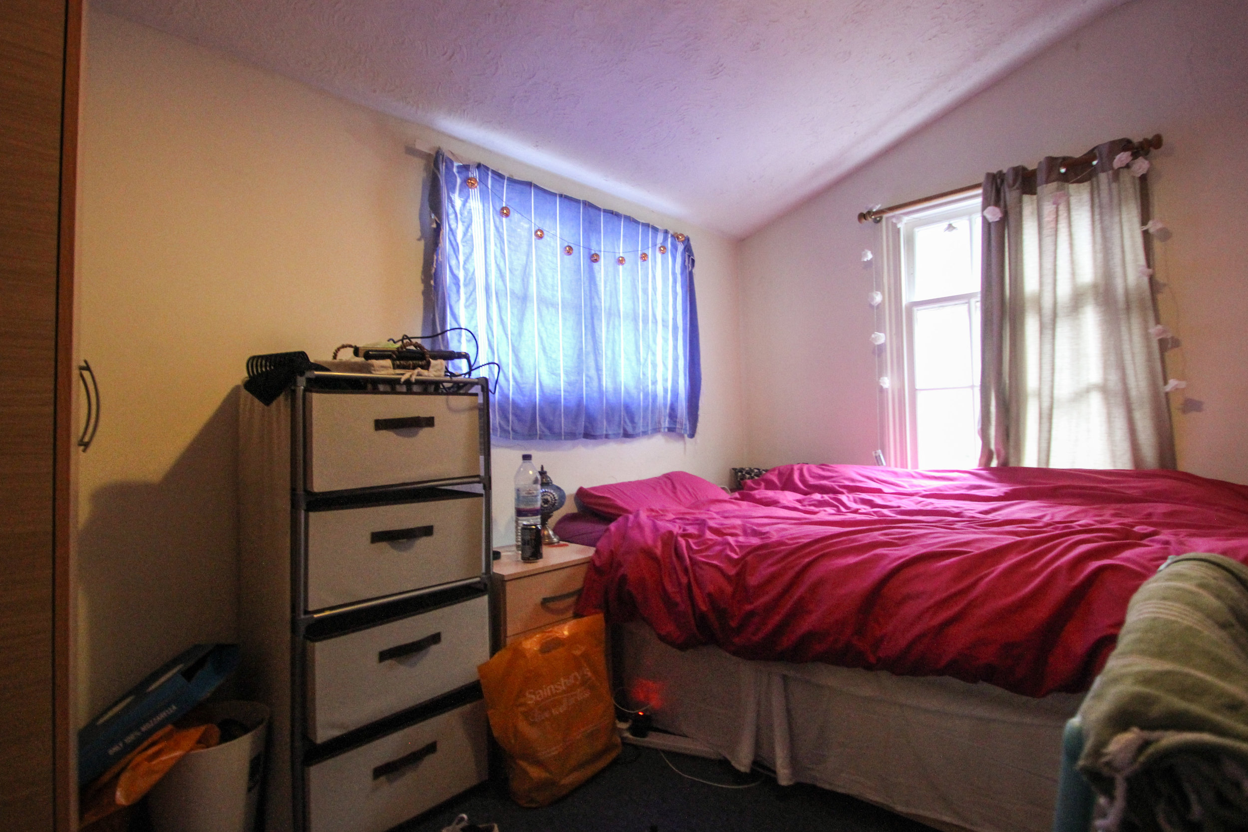 IMG_0662_edited.jpg bed 1.jpg