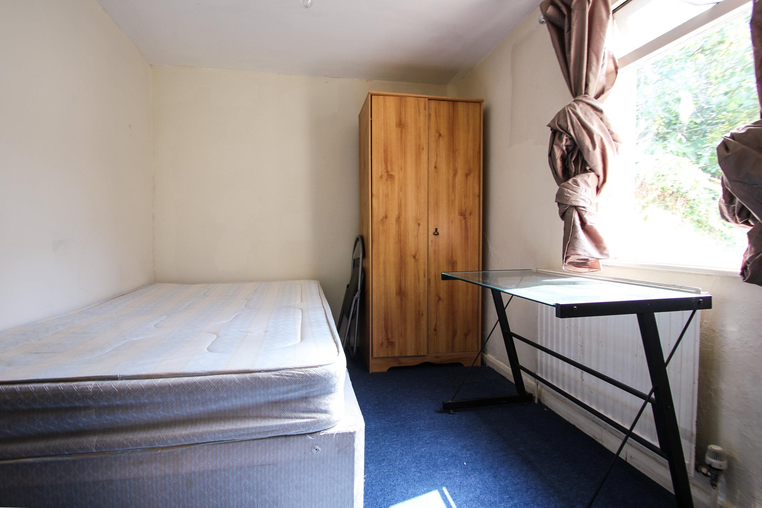 IMG_8097_edited.jpg bedroom 3.jpg