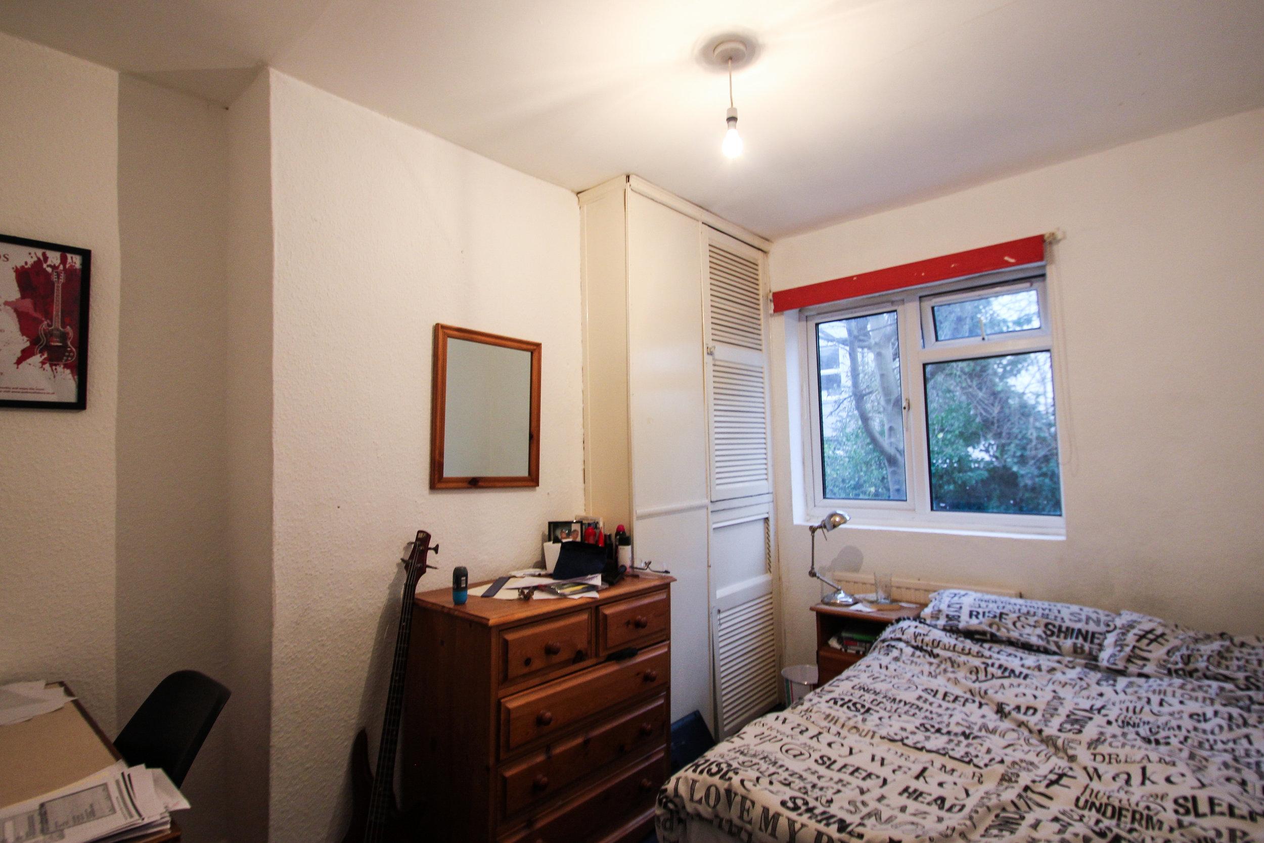 IMG_9678_edited.jpg bedroom 2.jpg