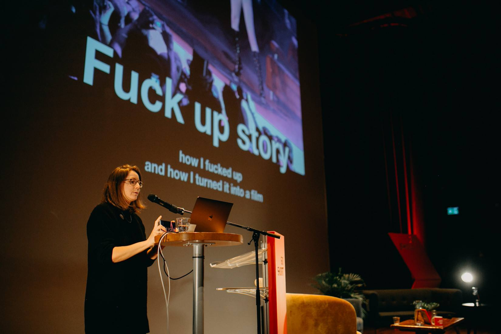 Jela am  Go Short – International Short Film Festival Nijmegen  im April 2019, hält einen Talk zum Thema «Filmmaker's Fuck Up».  © Mario Ruiz, Studio 9