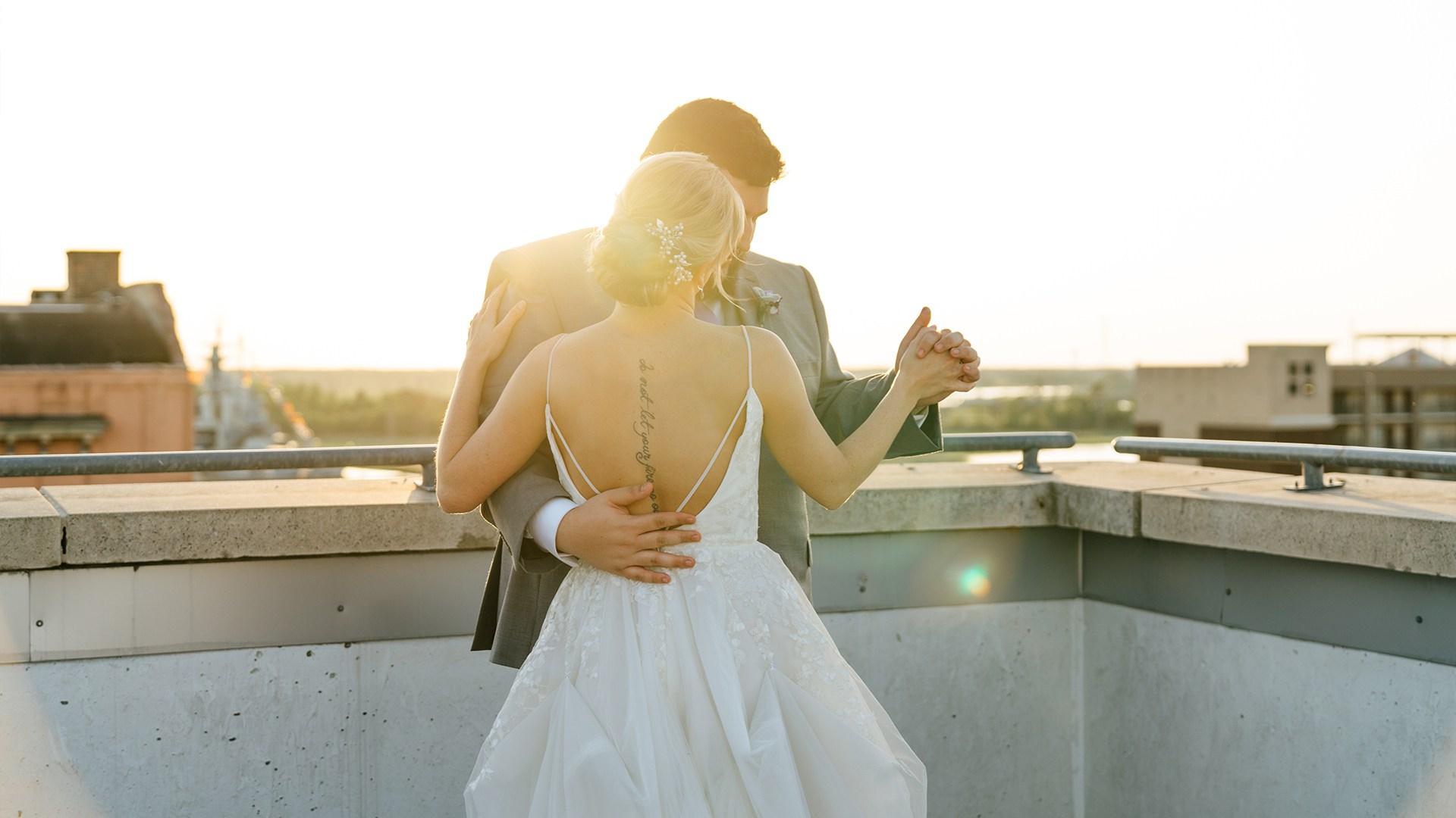 Taylor-Clay-Heart-First-Creative-Wedding-Photo-20.jpg