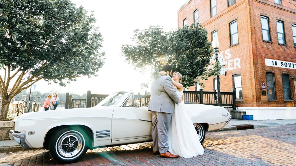 Taylor-Clay-Heart-First-Creative-Wedding-Photo-17.jpg