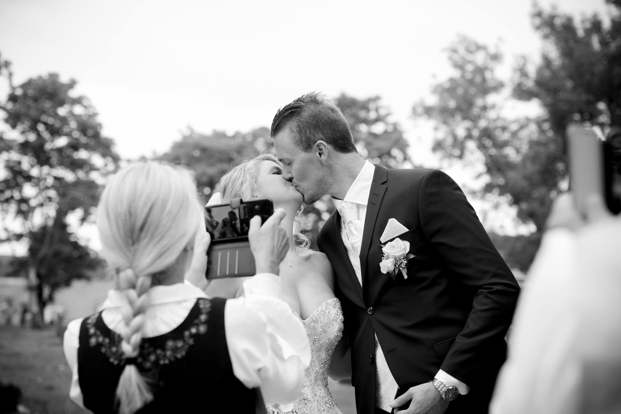 bryllupsfotograf-tønsberg-nøtterøy-fotograf-tjøme-vestfold--fotografvarpe- (157 of 56).jpg