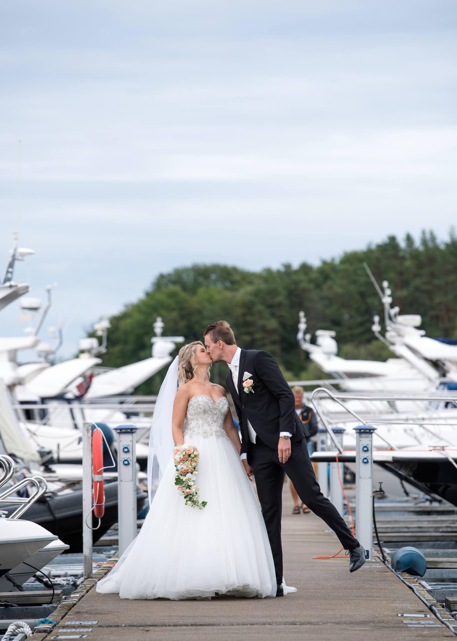 bryllupsfotograf-tønsberg-nøtterøy-fotograf-tjøme-vestfold--fotografvarpe- (168 of 56).jpg