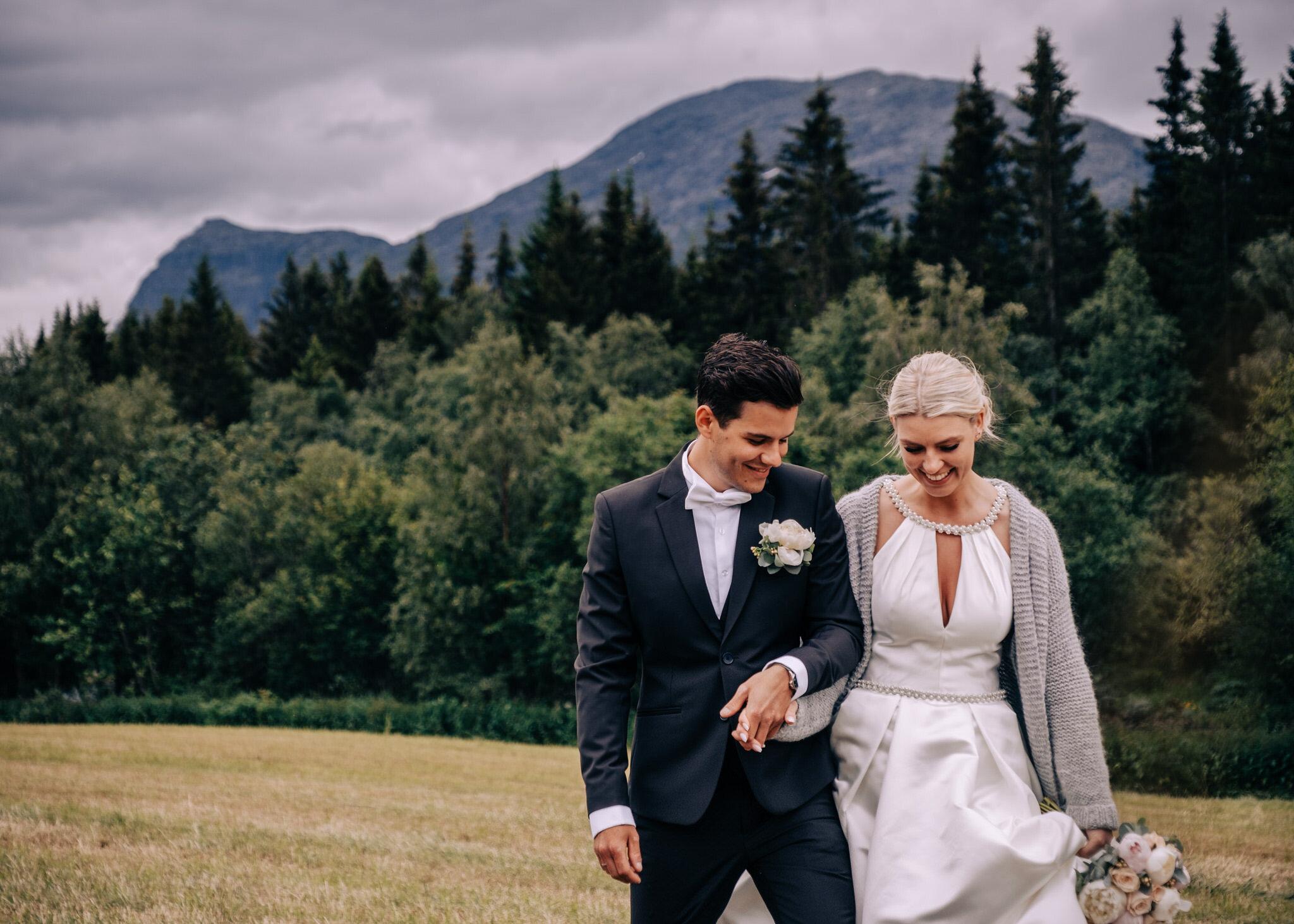 fotograf_bryllupsfotograf_oslo_bryllup_skaarsnuten_hemsedal-235.JPG