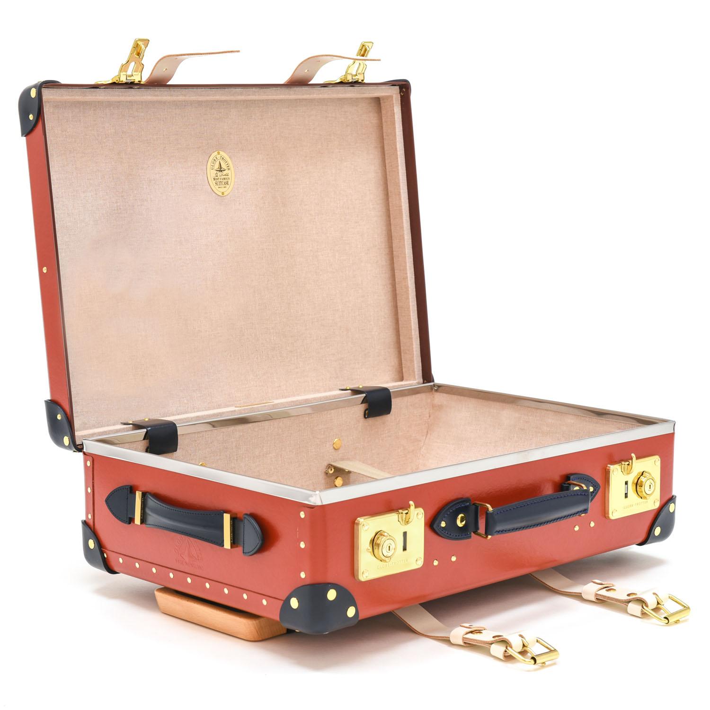 """GLOBE TROTTER   20"""" Trolley Case   £  1,535"""