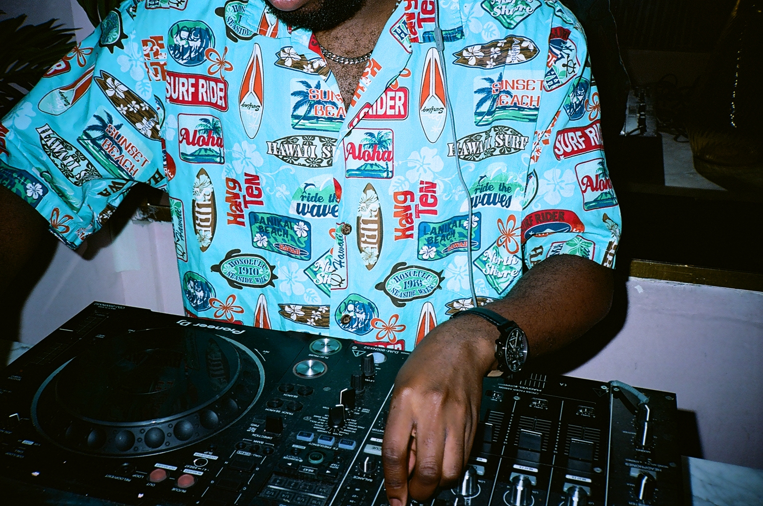 """"""" There is an art in djing and I feel like a lot of that got lost in the digital age. A lot of DJs are literally just pressing play and walking away from their set. """""""