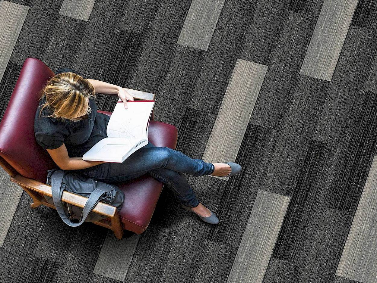 city-walk-carpet-2.-desktop_1440.jpg