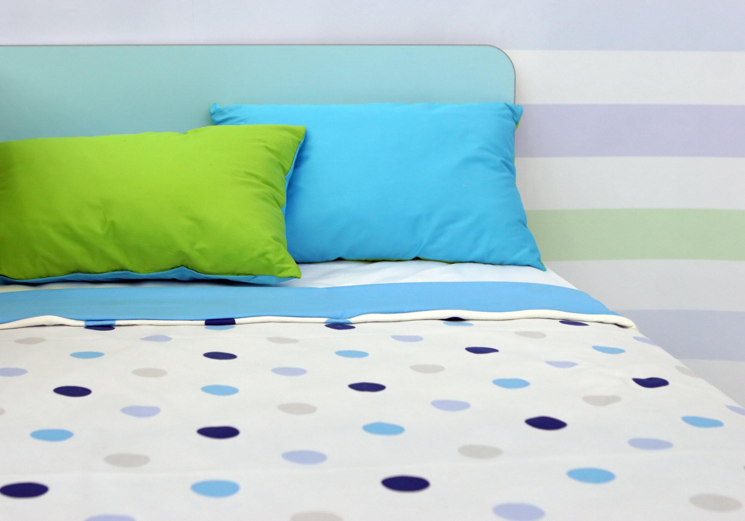 Chambre à coucher_enfant_bleu_vert.jpg
