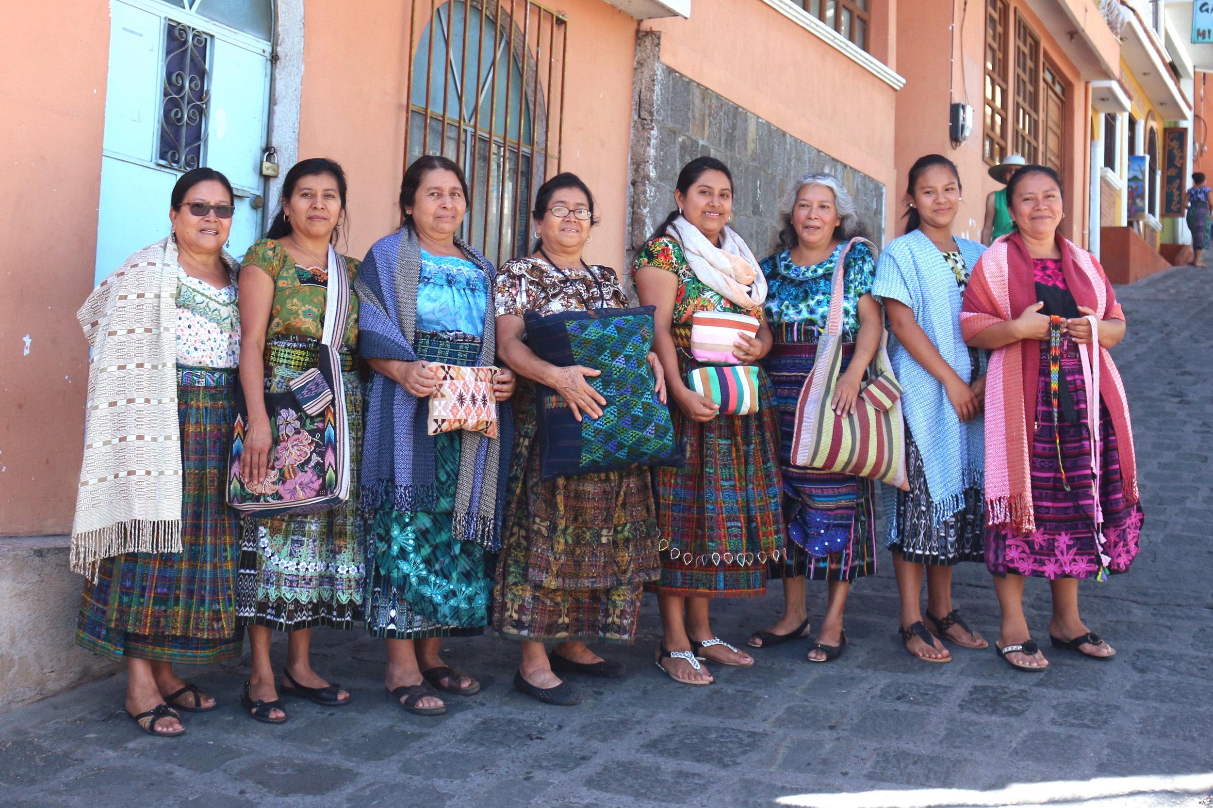 Teixchel Cooperative , 12 women