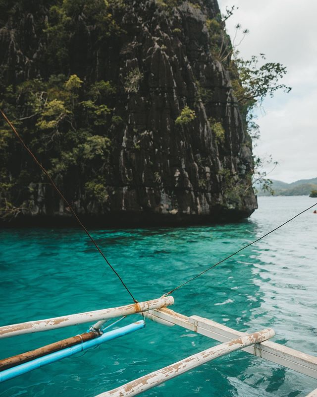 One of our favorite parts of travel is the people we meet along the way. Now, you can sign up for trips curated for your specific interests and meet people who have those same passions & different backgrounds to learn from 🌎  travel fanatic @denise_lipman is killing us with these views 📸 let's plan a Philippines trip?! . . . . #lonelyplanet #exploretheworld #girlsthattravel #forbestravelguide #cebuphillipines